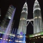 マレーシアのシンボル「ペトロナスツインタワー」と噴水ショーを観覧☆