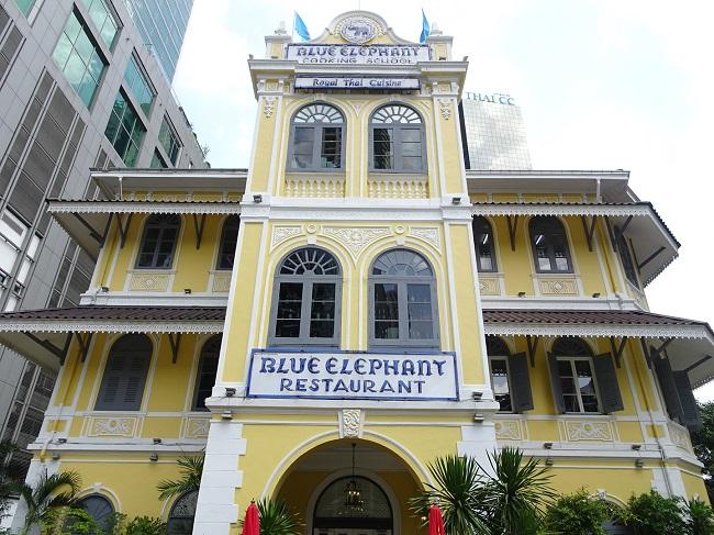 blue-elephant01
